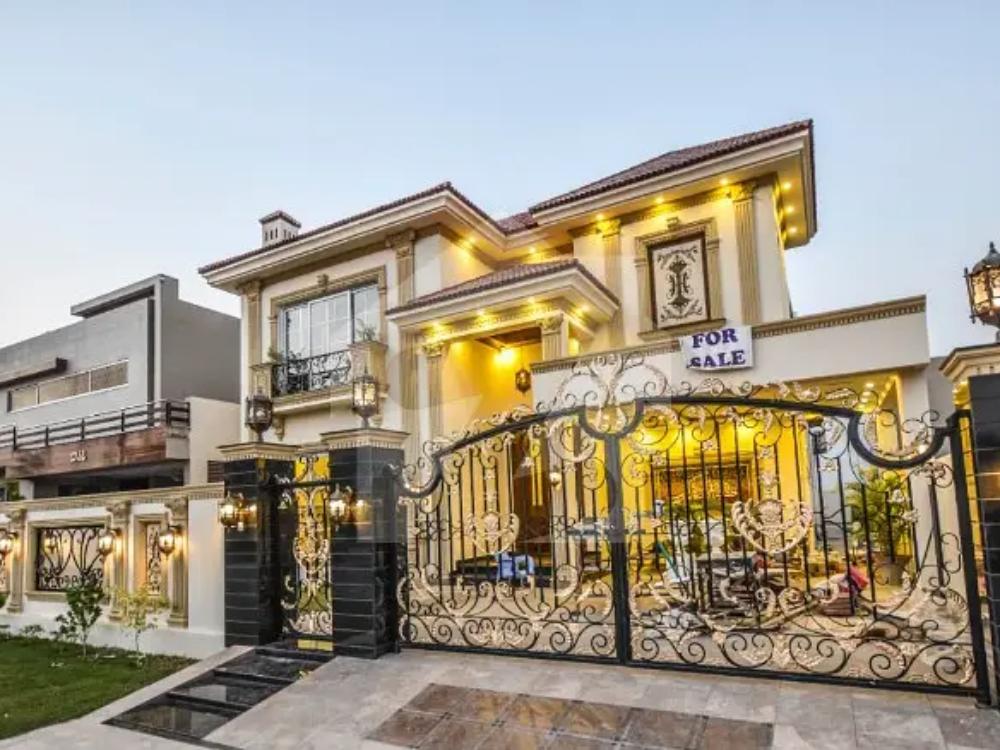 New Modern Designed House For Sale In California